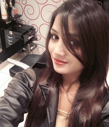 Vidhi Escorts in Dwarka